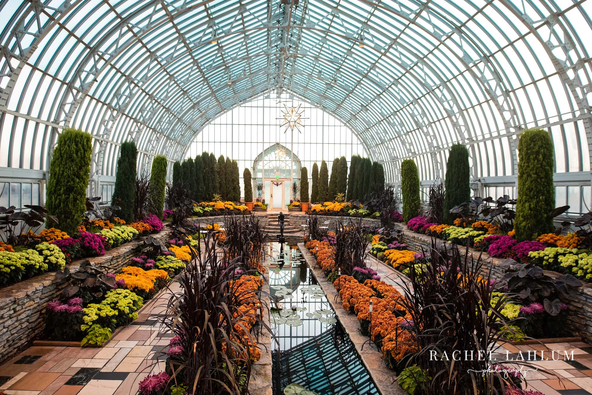 View of the Sunken Garden Wedding Venue at Como Zoo & Conservatory.